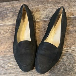 Salvatore Ferragamo boutique black loafer flat